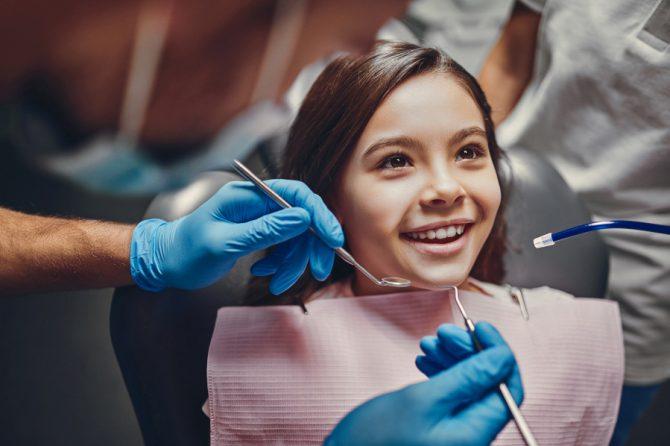 Zęby u dziecka – początki ząbkowania